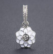 Fehér Színű Tűzzománc Strasszos Ezüst Virág Nyaklánc Karkötő Ékszer Dísz Medál 12mm