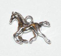 Ezüst Színű Ló Medál 18x13mm