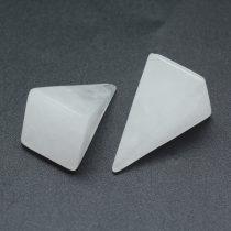 Hegyikristály Kvarc Ásvány Piramis Marokkő 19-21x14mm
